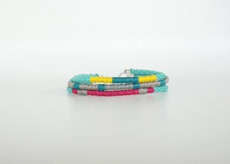 crafty jewelry: thread-wrap bolo bracelets