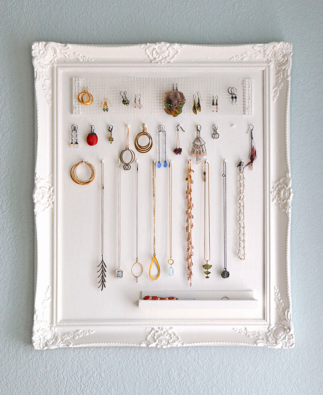Custom Jewelry Display Frame: Top 5 DIY Jewelry Holders « M&J Blog