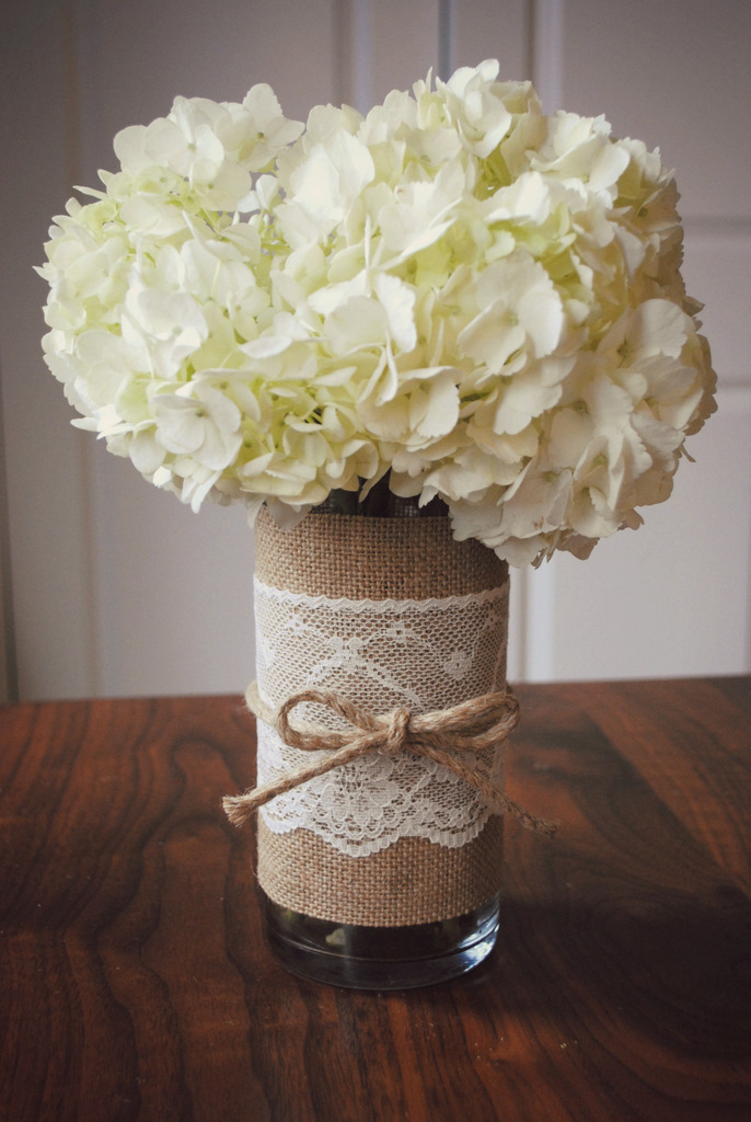 Toast the host diy jute and lace vase m j blog for Diy jute