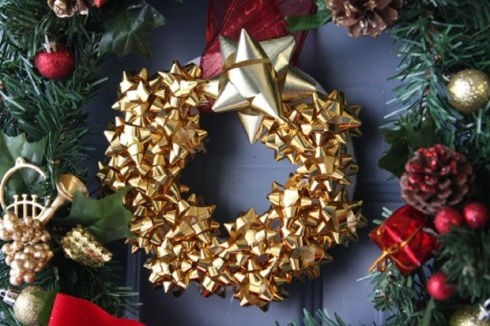 4 DIY gift bow christmas wreath