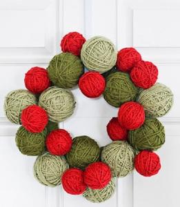 5 DIY yarn christmas wreath