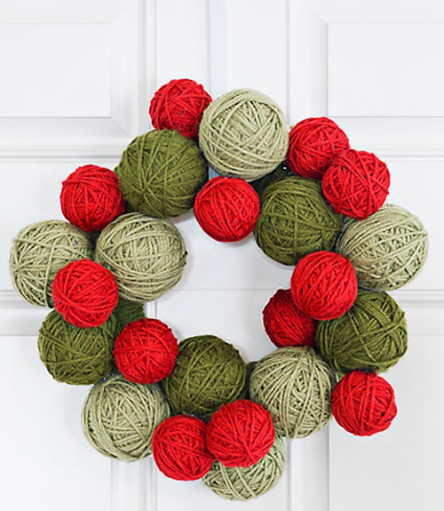 5 DIY yarn christmas wreath