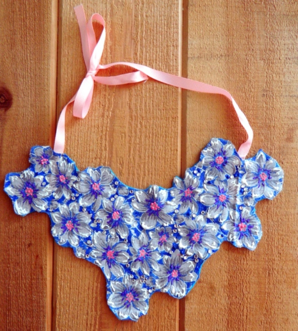 Floral Embroidered Bib Necklace DIY 2