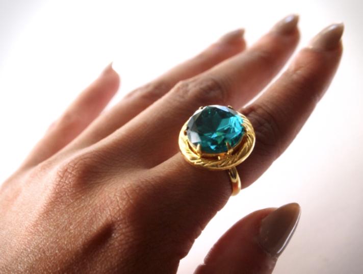 glitter-n-glue-diy-emerald-green-button-ring