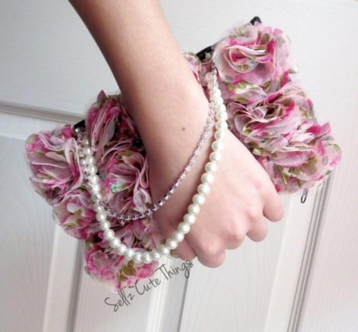 cute-diy-makeup-bag-with-pearls