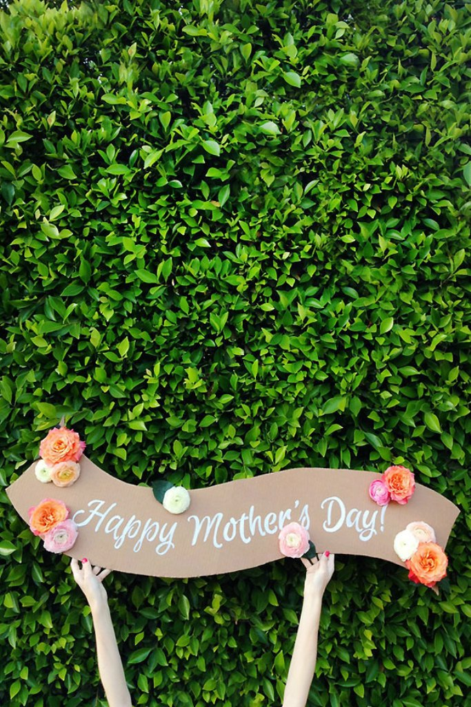 DIY-Fresh-Flower-Banner