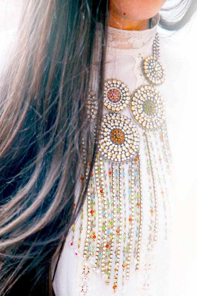 fashion-week-accessories-vintage-necklace1
