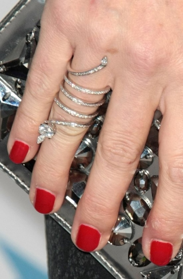 julia-ormond-wearing-a-diamond-serpent-eternity-ring