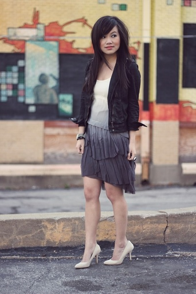 periwinkle-dip-dyed-zara-dress-black-cropped-waxed-zara-jacket_400