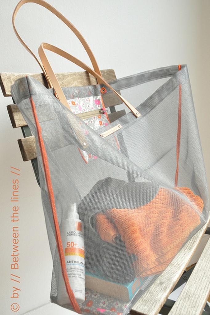 Between the Lines Beach Bag DIY