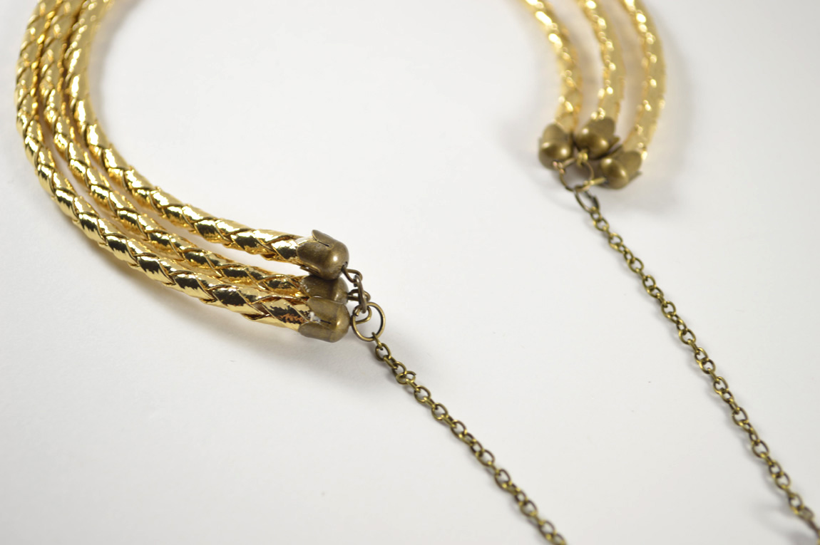 LayeredGoldNecklace07