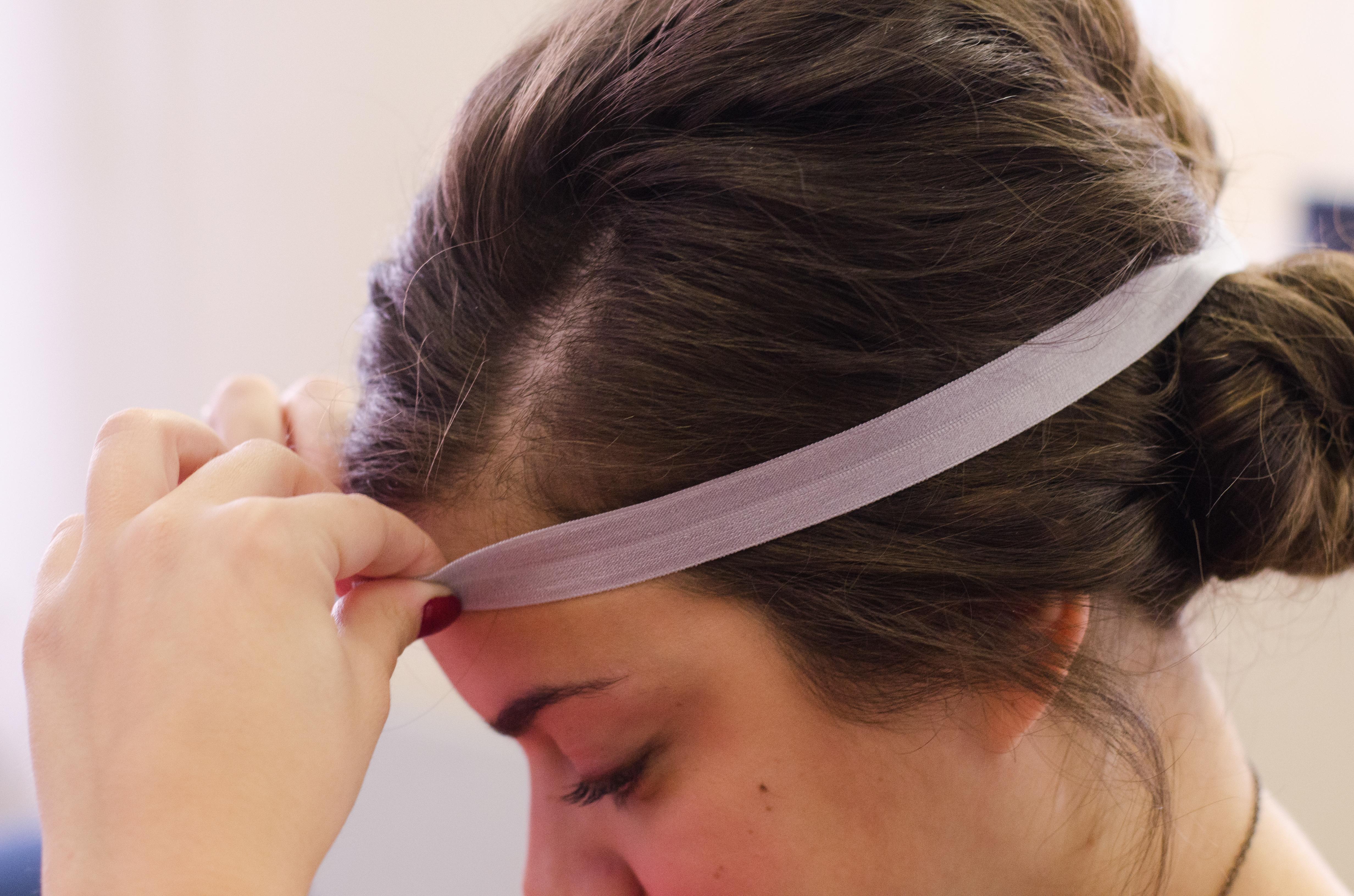 Gatsy Headband Fitting