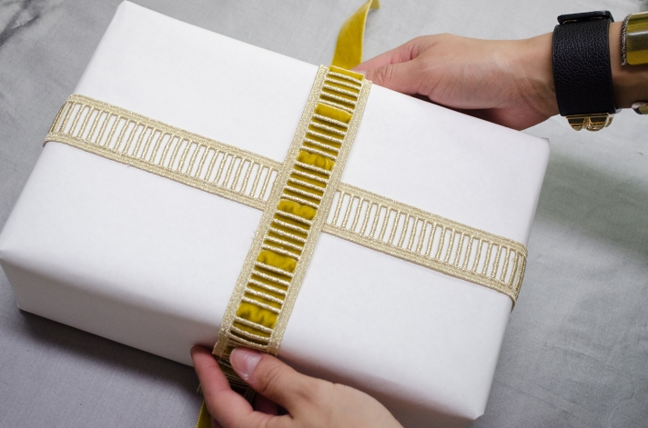 Glamorous Large Package DIY Wrapped Ribbon | M&J Trimming