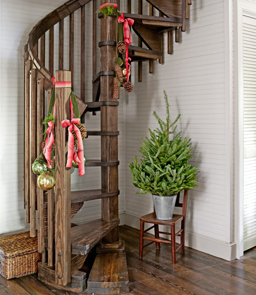 Ribbon and Ornament Stairwell