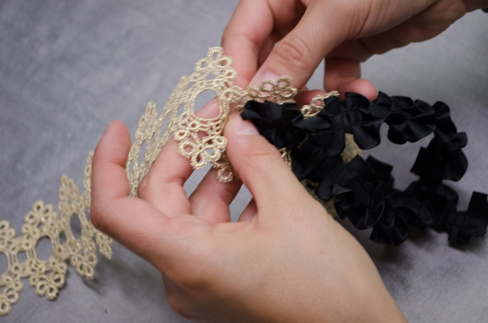 Glamorous Small Package DIY Weaving | M&J Trimming