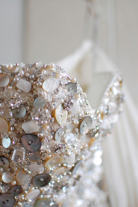 Mother of Pearl Buttons of Wedding Dress