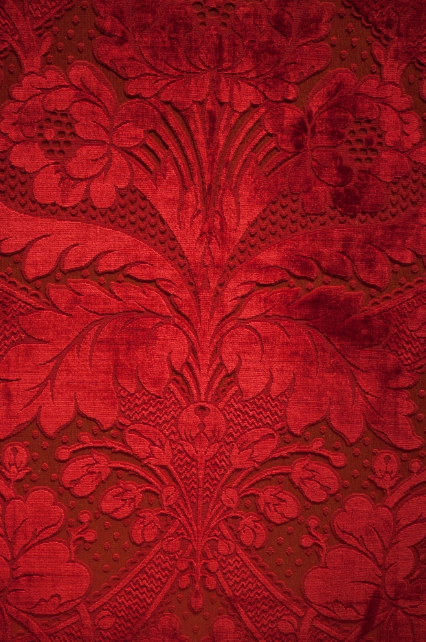 Project DIY: Baroque and Roll Inspiration Red Fabric