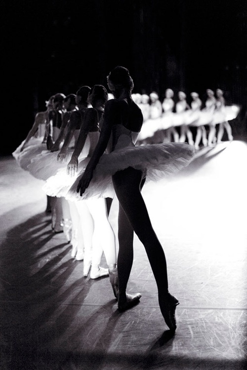 Black and White Ballerina Photos