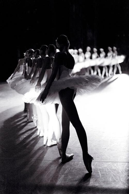 Black and White Ballerina Photos