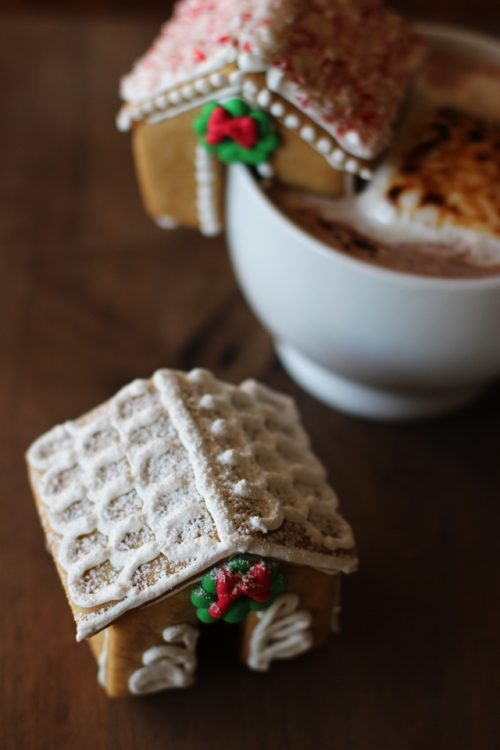 Gingerbread from Honestly Yum
