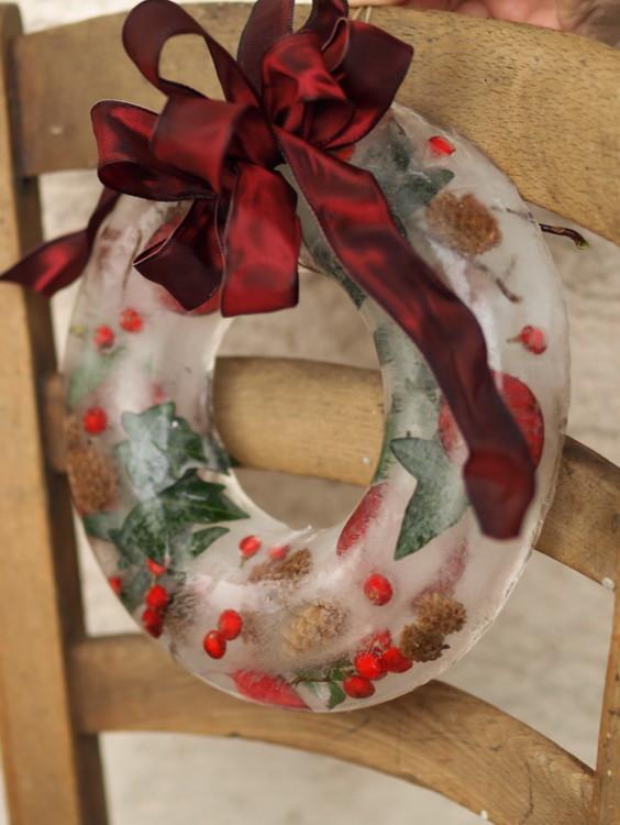 Christmas Ice Wreath from Founterier