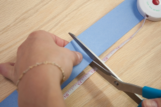 Baby Blue Pom Pom Bookmark Cutting