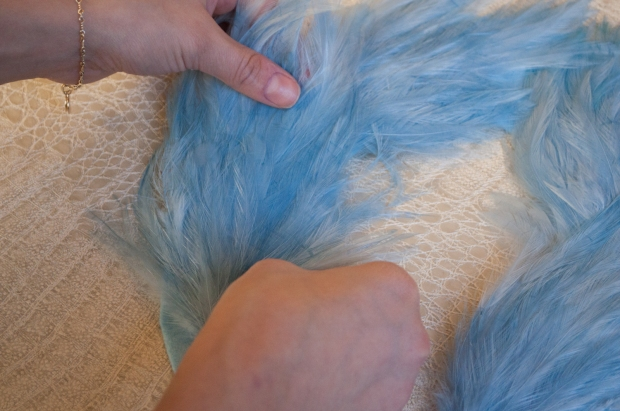 Gluing Feathers to Felt Outline