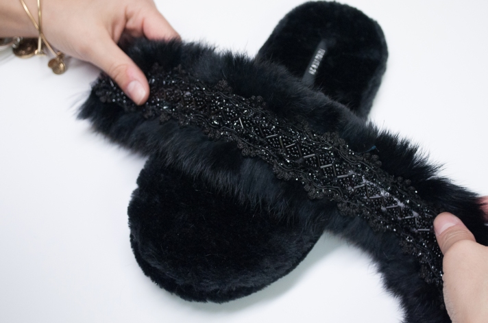 Slipper Upgrade DIY Measuring Faux Fur Trim from M&J Trimming