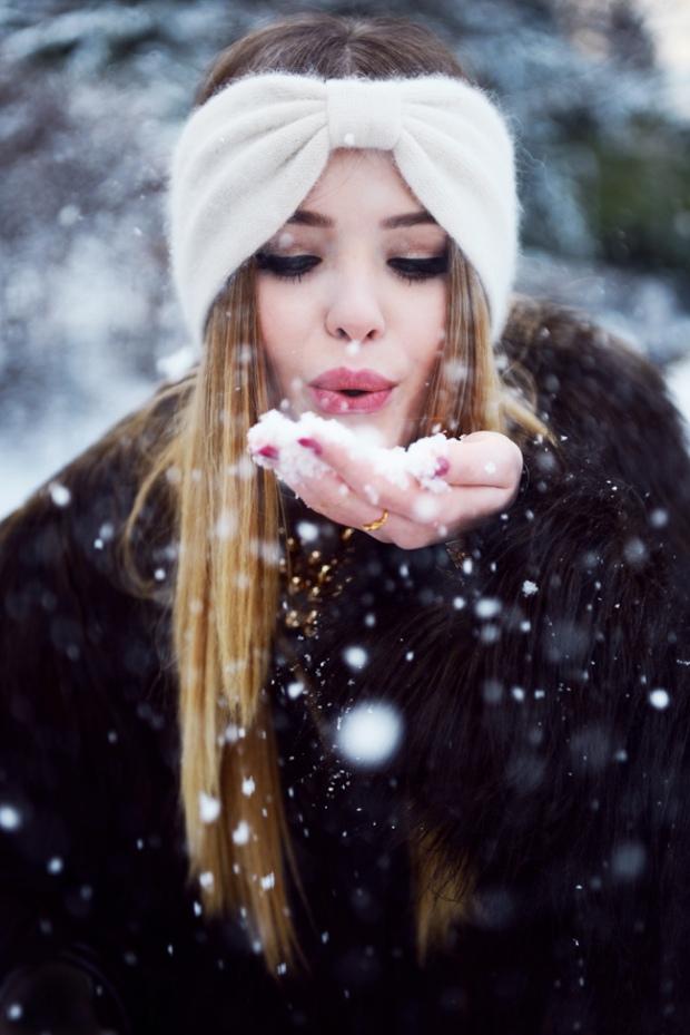 Fuzzy White Headband with Snow