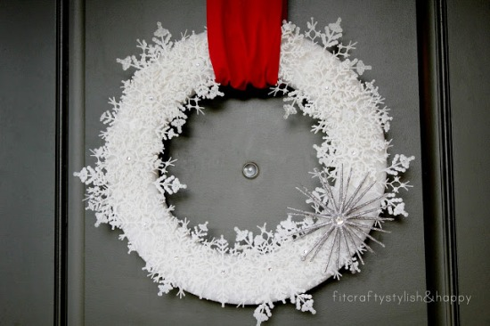 Snowflake Wreath from Fit Crafty Stylish and Happy