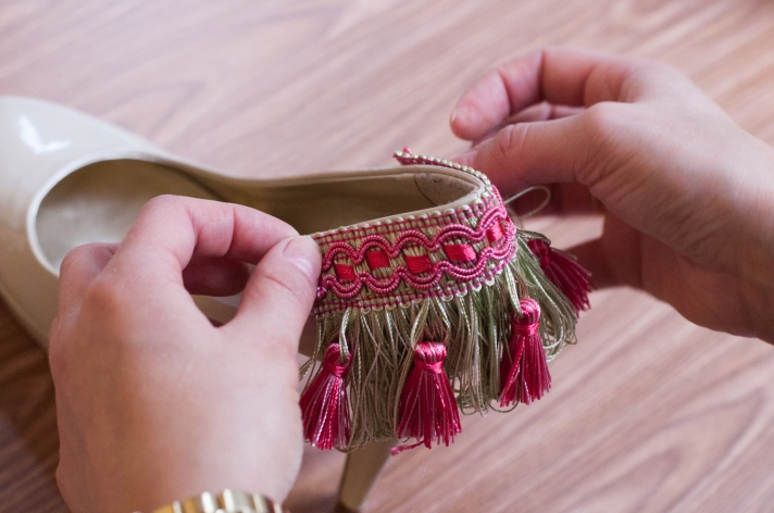 Gluing Tassel Trim to Nude Pump