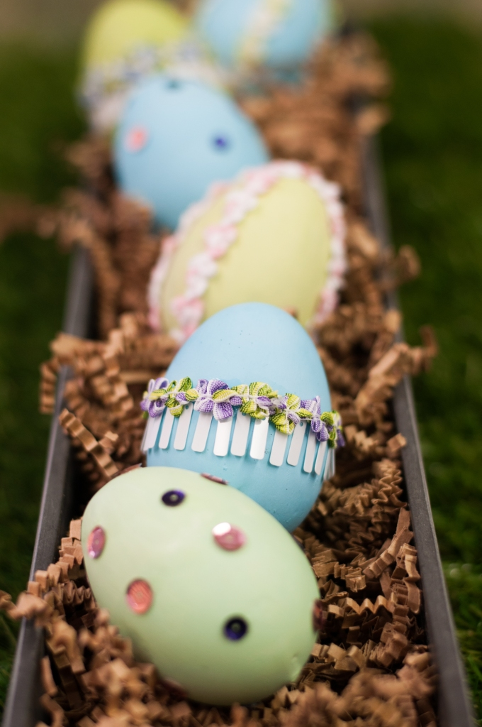Trim Wrapped Easter Eggs