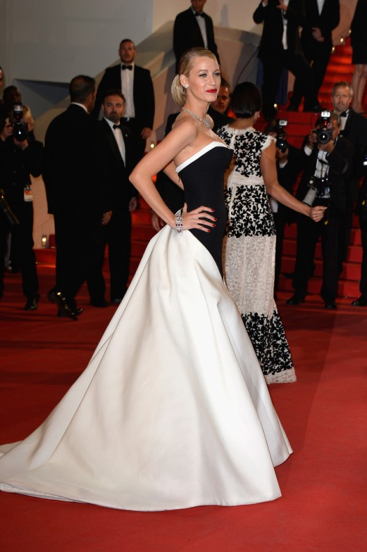 Blake-Lively-Gucci-black-white-gown-Cannes