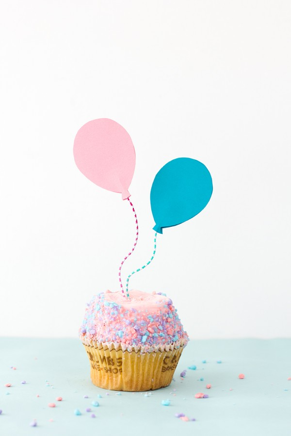 DIY-Balloon-Cupcake-Toppers8-600x900