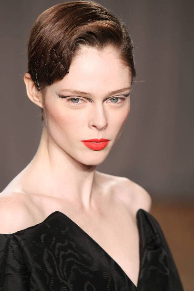 hbz-beauty-gettyimages-coco-rocha-zac-posen-sm