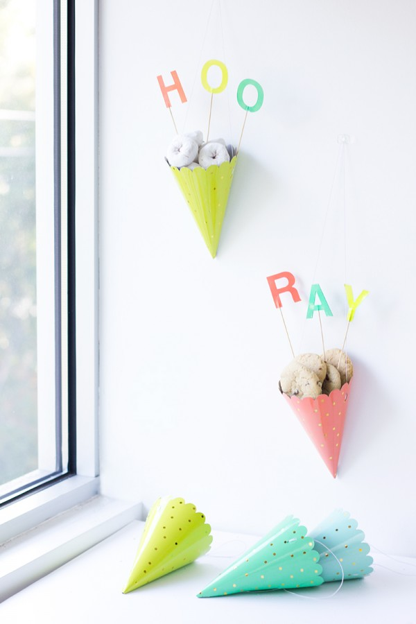 DIY-Party-Hat-Treat-Cones-600x900