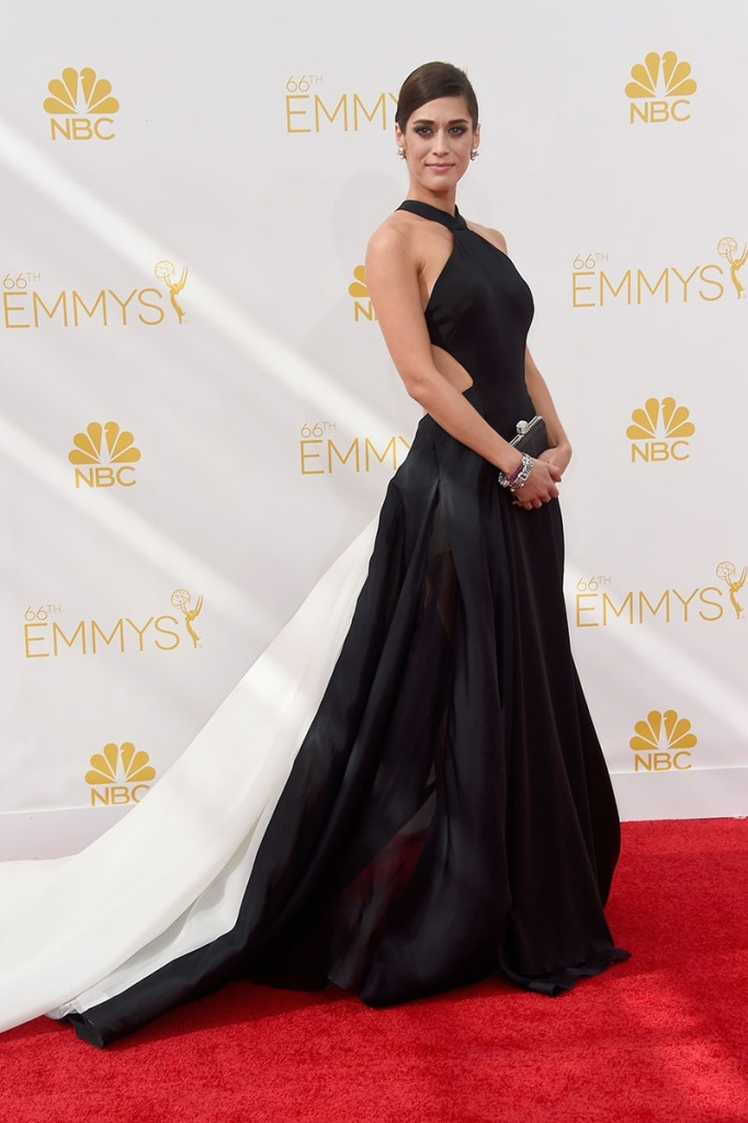 lizzy-caplan-emmy-awards_195334966585.jpg_gallery_max
