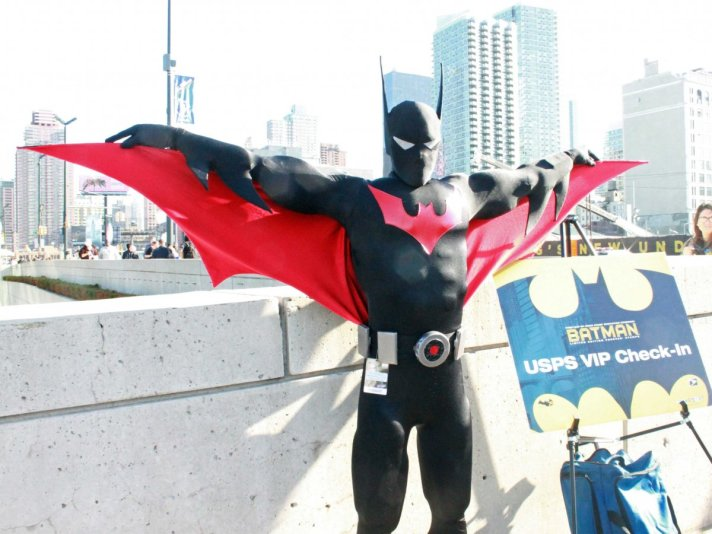 what-better-way-to-kick-off-the-con-than-with-batman-larry-smith-was-first-in-line-for-the-unveiling-of-the-new-batman-limited-edition-forever-stamps-thursday-morning