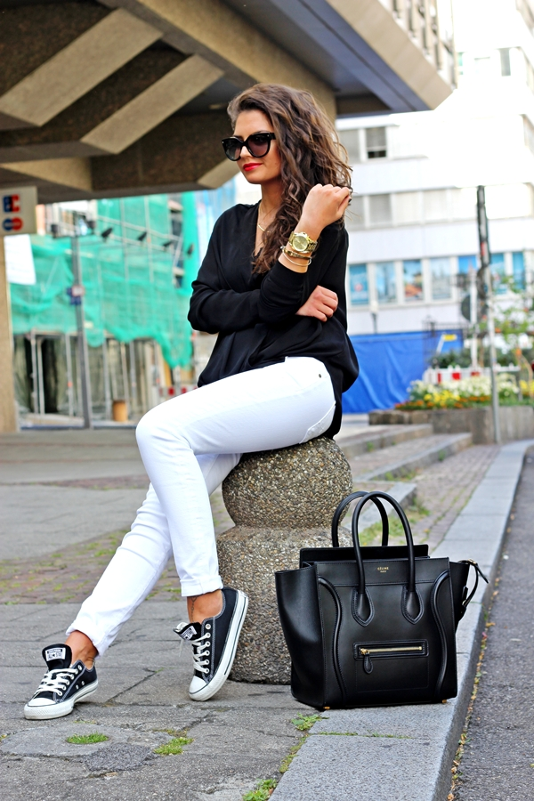 7famk-jeans-outfit-celine-luggage-blackandwhite-fasionblogger-27
