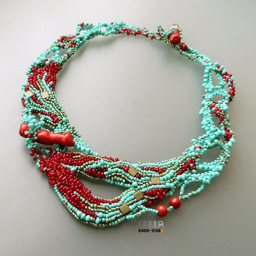 M&J Trimming - Coral Reef Necklace