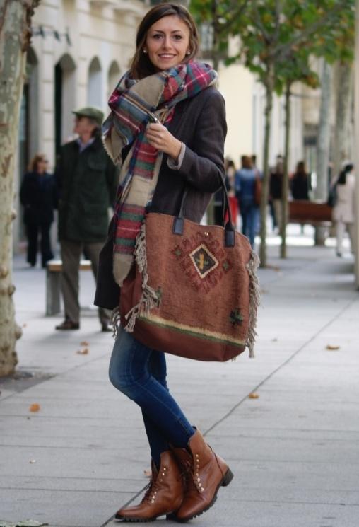 https://mjtrim.files.wordpress.com/2015/09/fall-essentials-plaid-scarf.jpg?w=508&h=746
