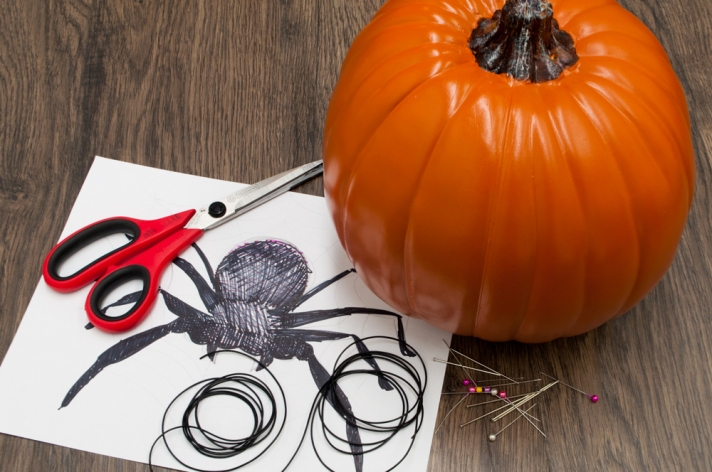 M&J Trimming: Embellished Pumpkin DIY